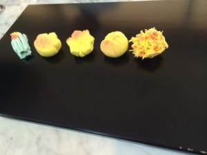 写真3(秋のお菓子5種類)