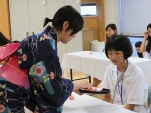 写真8(田渕お菓子の食べ方)