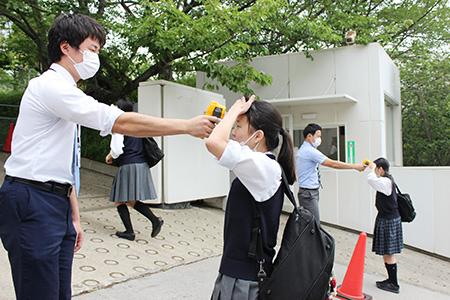 分散登校始まる 登校風景|学園カレンダー|学校生活|須磨学園